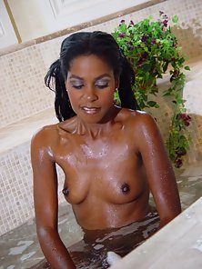 Hottest Ebony Lady Exposes Wet Pink Fanny in POV