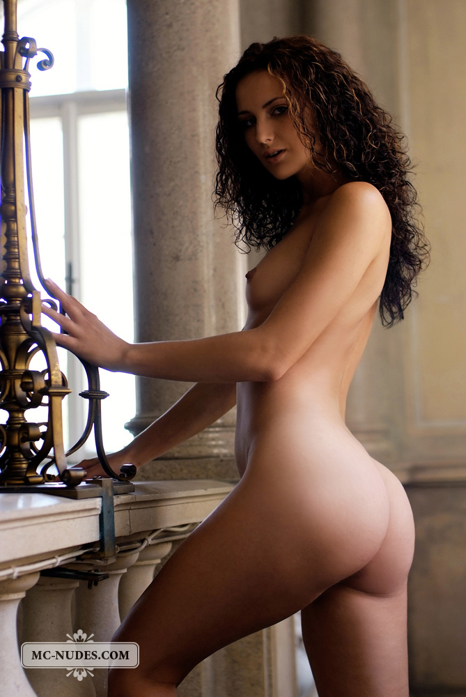 Curly nude babe #10